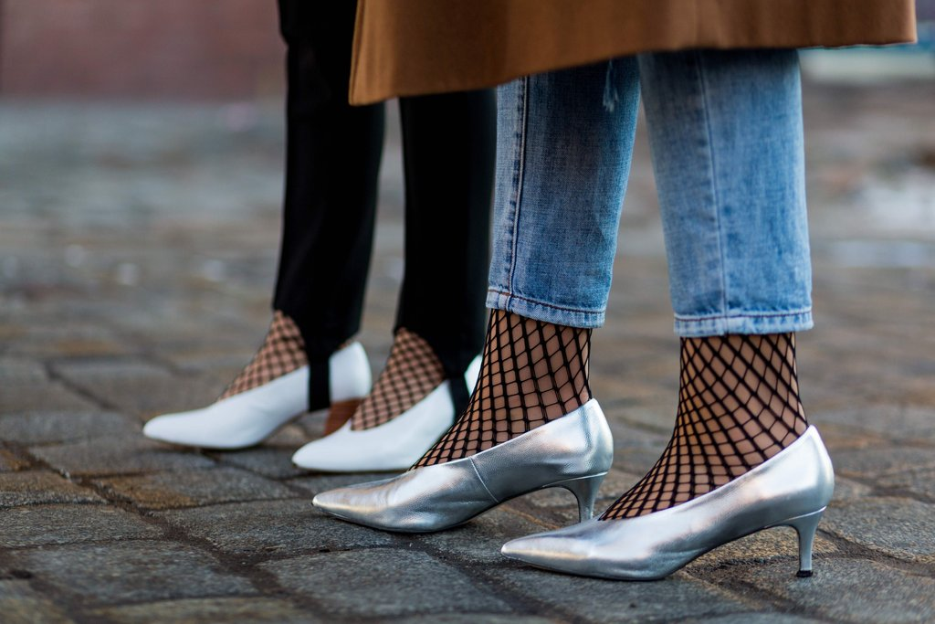 are kitten heels making a comeback? all signs point to yes oqgekrq
