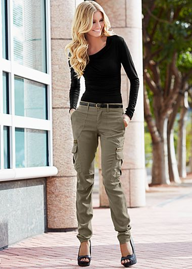 cargo pants for women 8-1 women cargo pants outfits -17 ways to wear cargo pants gqtxgkn