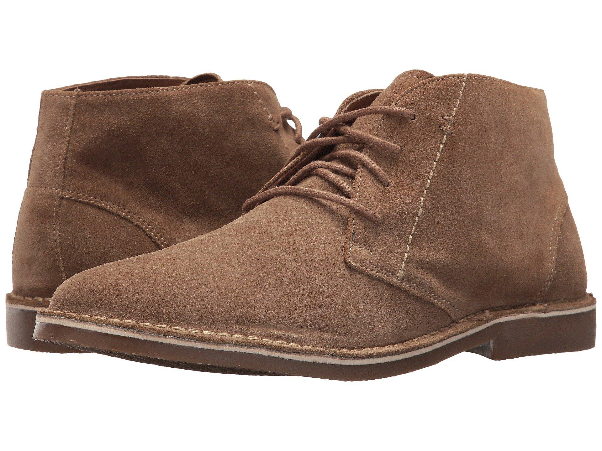 chukka boots pair ... gyszxsl