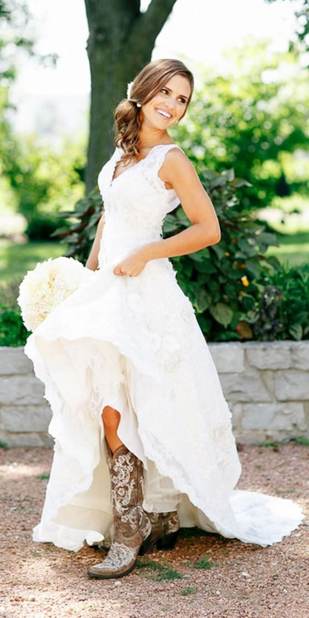 country wedding dresses with boots best 25 country wedding dresses ideas on jkizpur