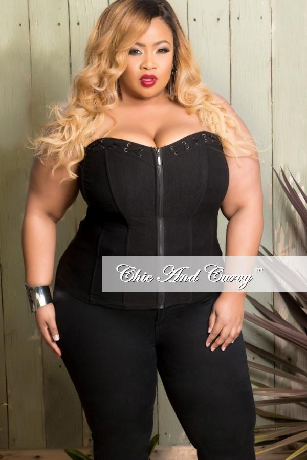 final sale plus size corset top in black with lace-ups with silver grommets camvtch