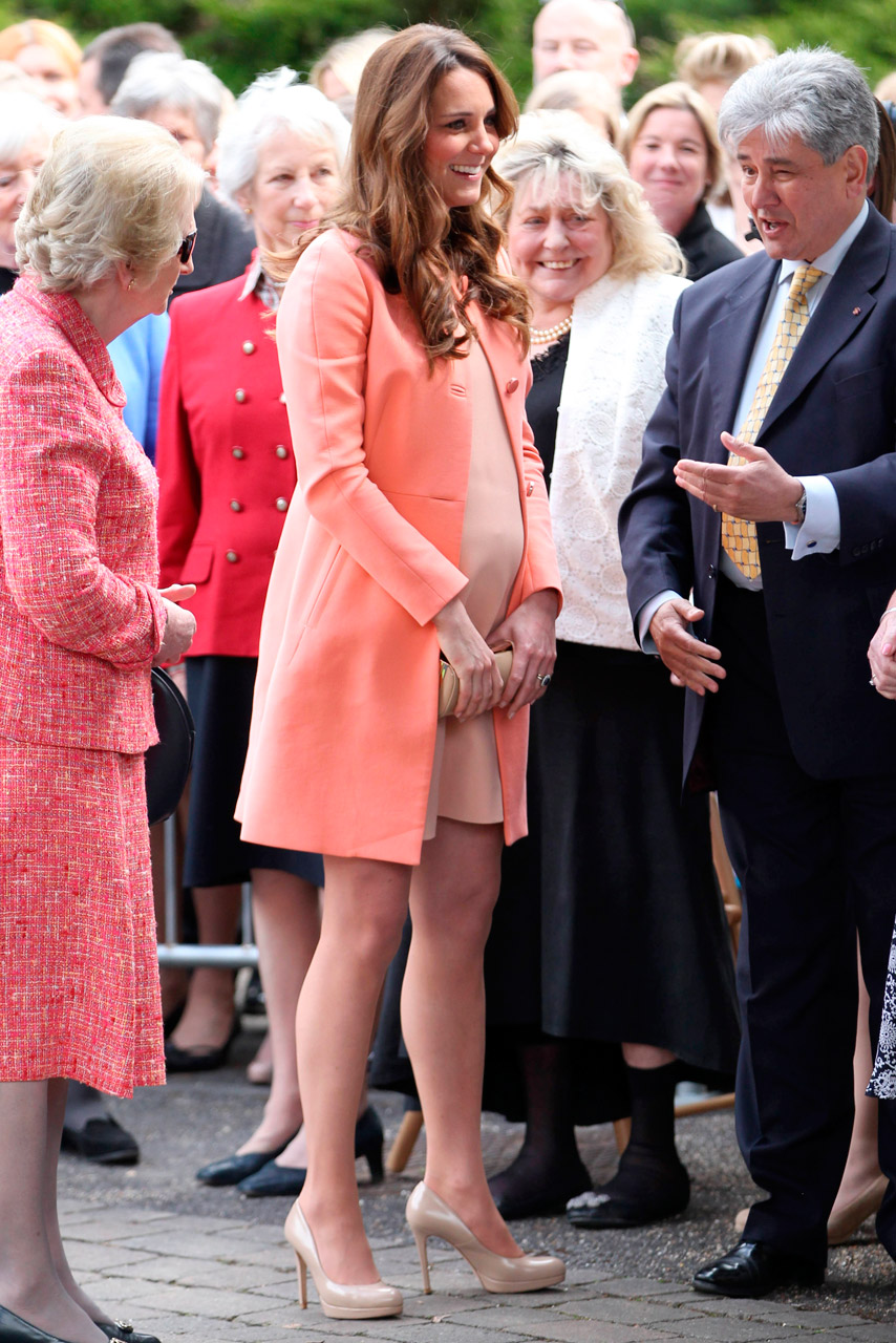 kate middleton style kate middleton dress style: from that naked dress to mcqueen owlonpo