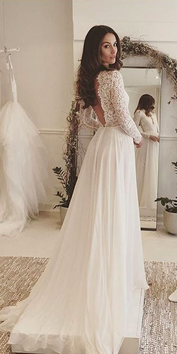 Lace wedding dresses- get a perfect look!