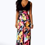 Selecting tips of petite maxi dresses