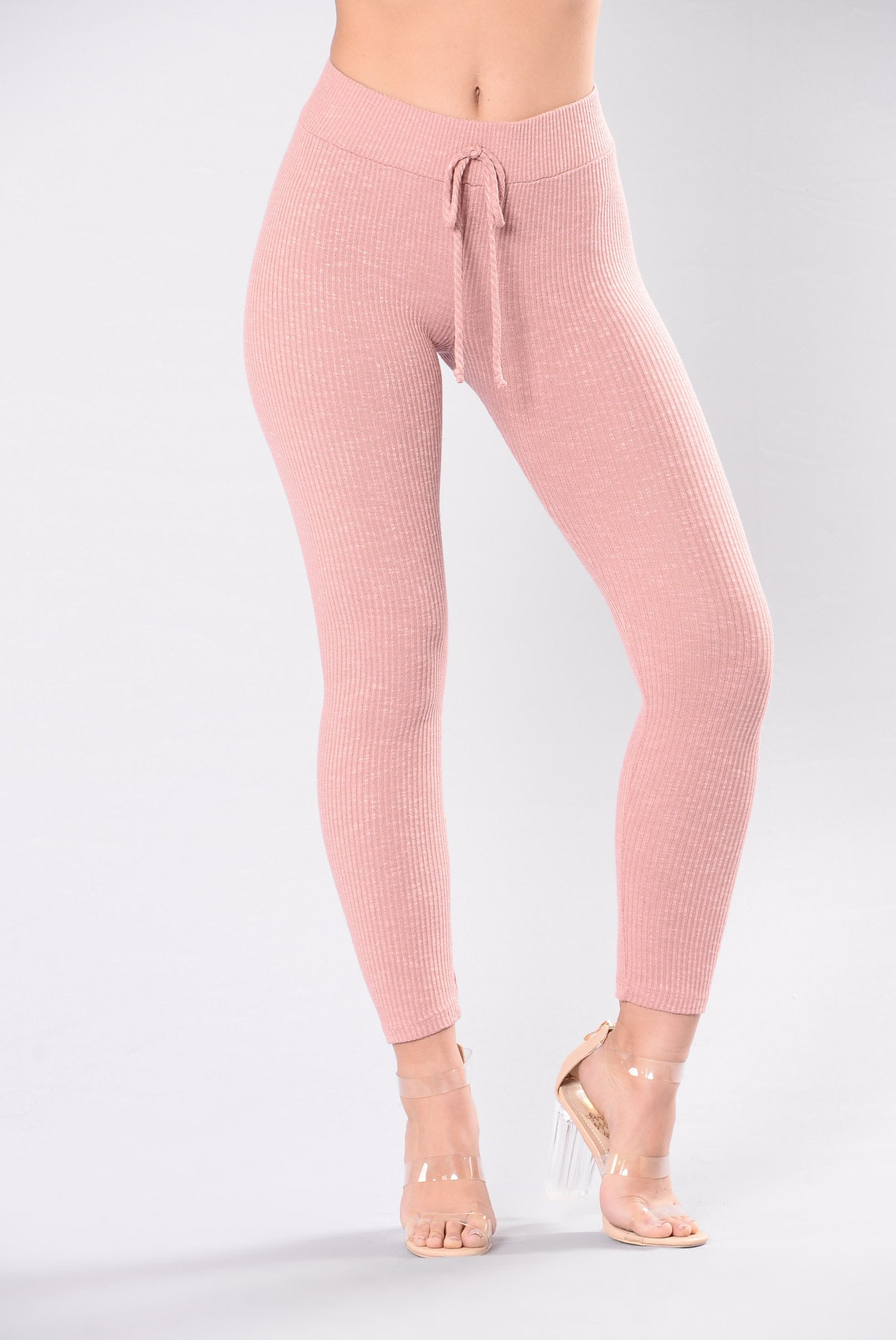Guide to choose the pink leggings