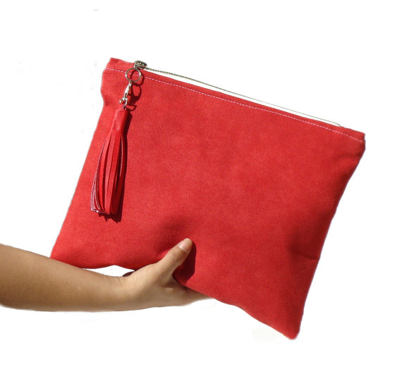 red clutch bag like this item? yutnynb