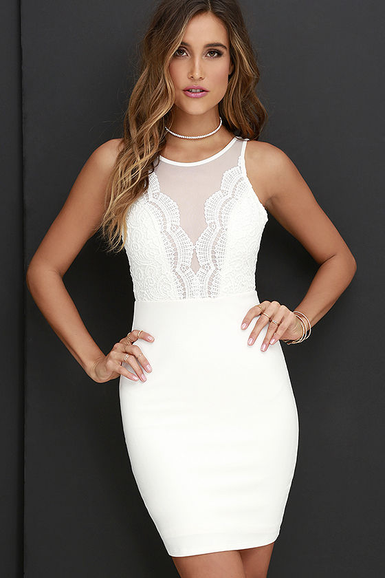 Short white dress- a dress for every occasion