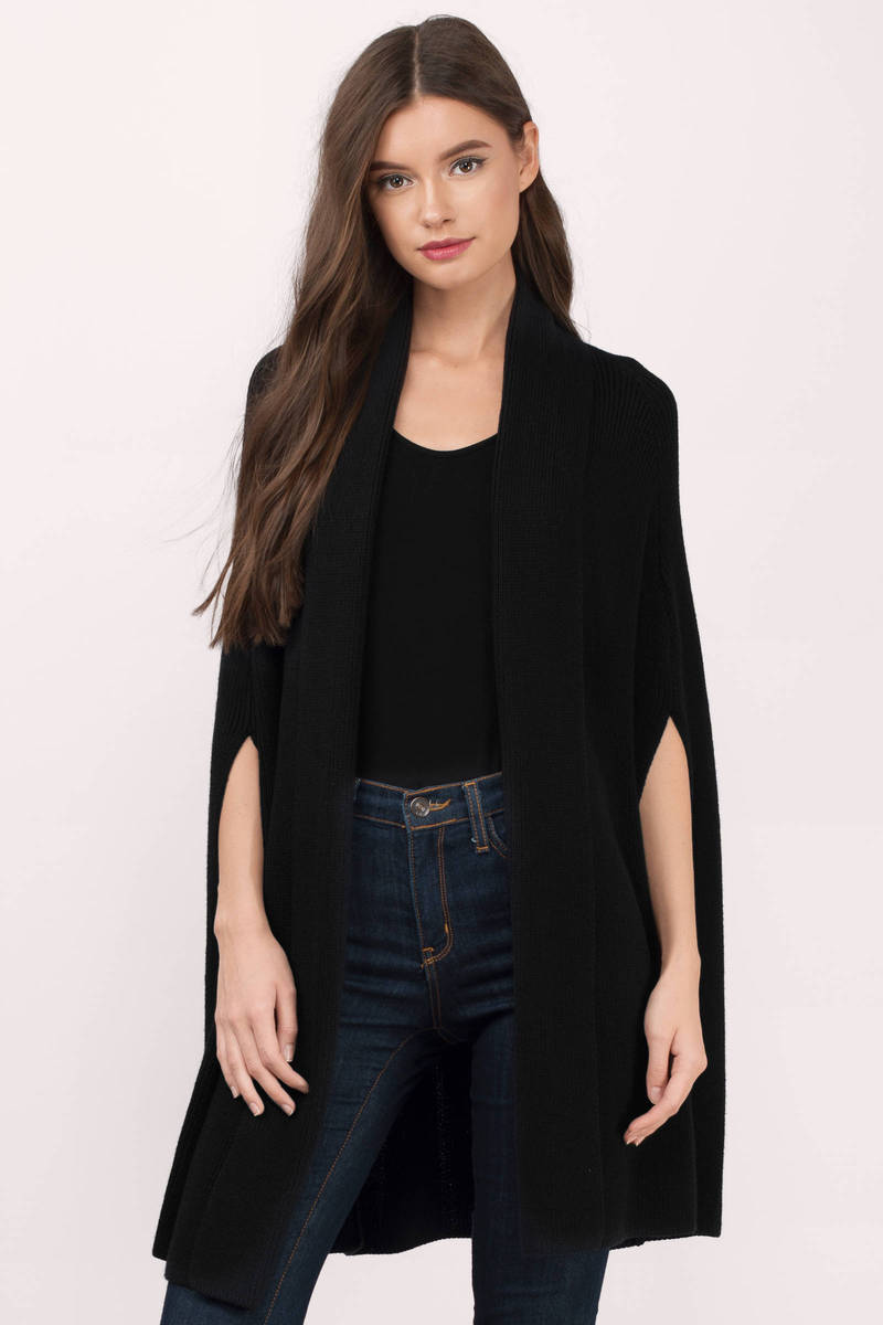 FALL IN LOVE WITH THE MIX OF HIP AND ROYAL WORLD OF BLACK CARDIGAN.