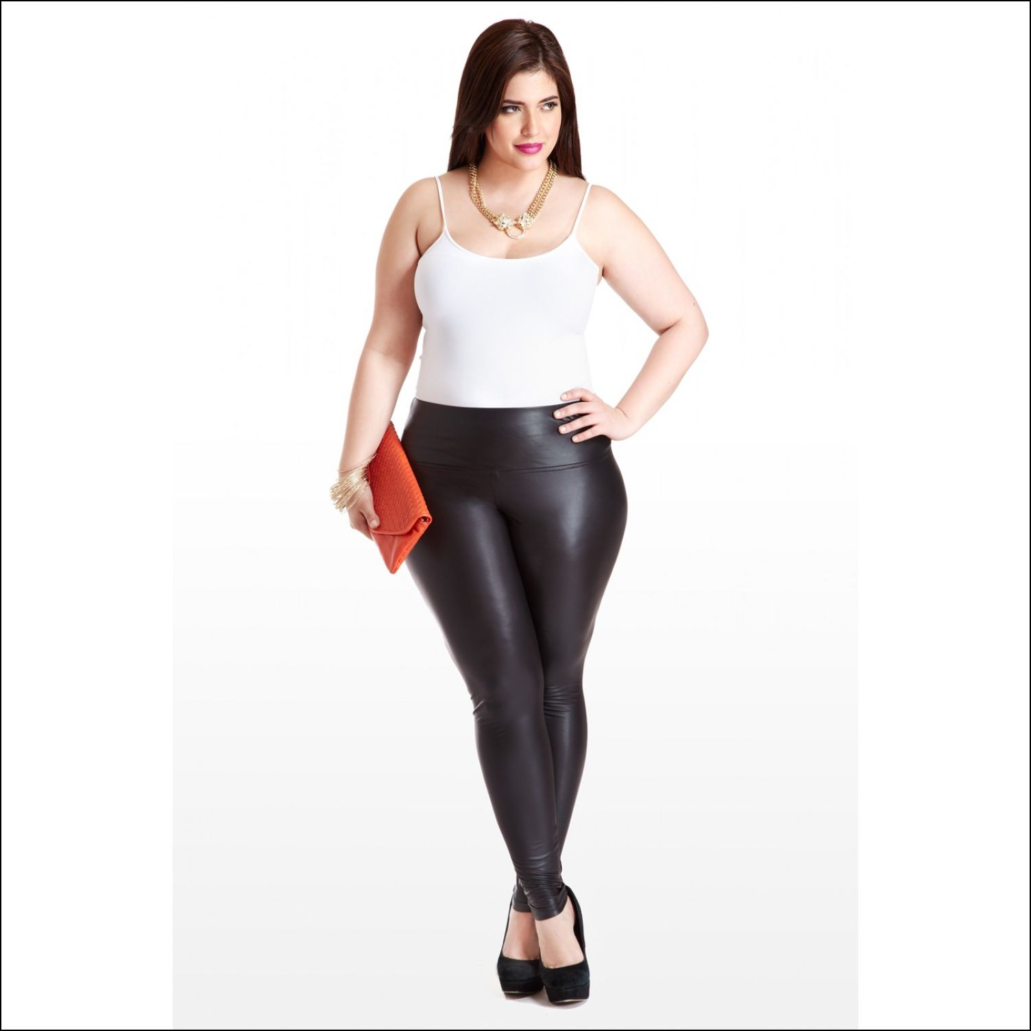 Plus Size Leggings: Suits Beautifully