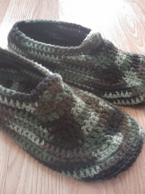 ... free crochet slipper patterns adult kid teen women men free crochet zlkknvg