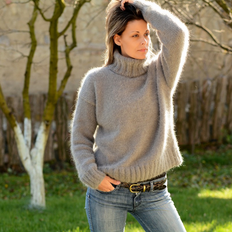 ... hand knit 100% pure angora sweater light gray fuzzy turtleneck  handgestrickte rvikbxl