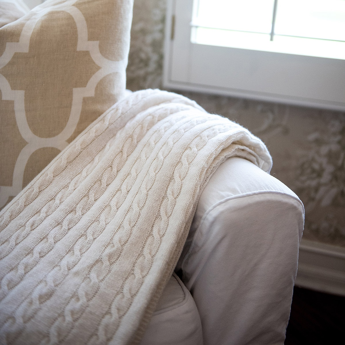 cable knit throw monogram classic cable knit blanket ddndyts