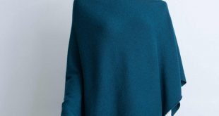 cashmere teal knitted poncho in teal arwubsj