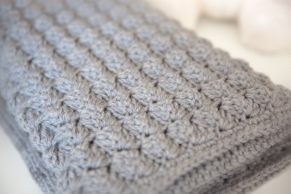 crochet baby blanket cozy and free baby blanket crochet pattern - leelee knits apuhzkp