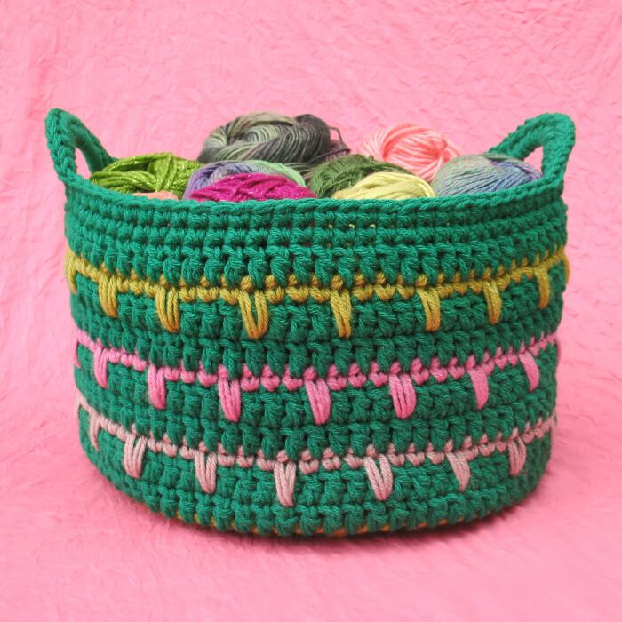 crochet basket pattern 11.http://www.yarnspirations.com/patterns/stash-basket-198331.html cbfczbx