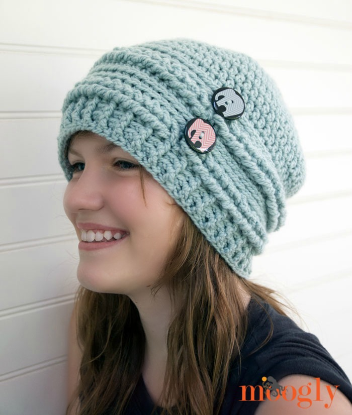 crochet beanie ups and downs slouchy beanie - free #crochet pattern on mooglyblog.com with mxsgtnc
