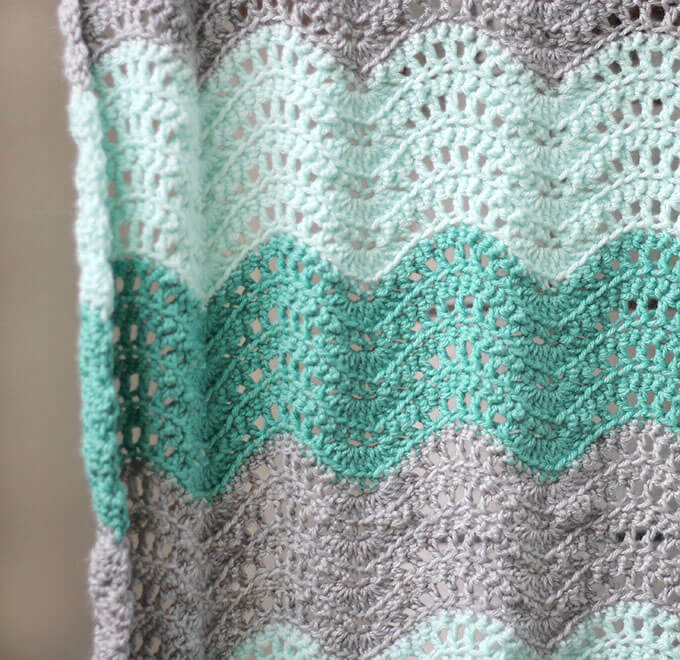 Crochet Blanket Patterns crochet feather and fan baby blanket - free crochet pattern vafiodl