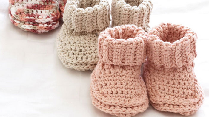 crochet booties roll down baby booties gycscen
