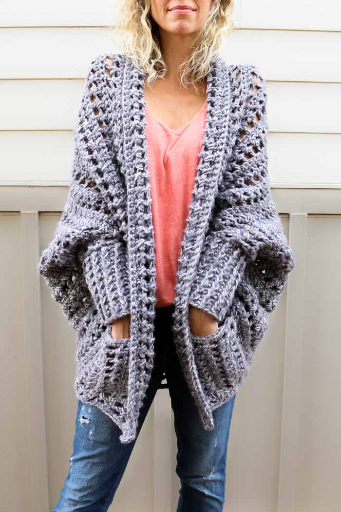 crochet cardigan creatively constructed from a simple rectangle, this flattering chunky crochet  sweater comes kzhlkdi