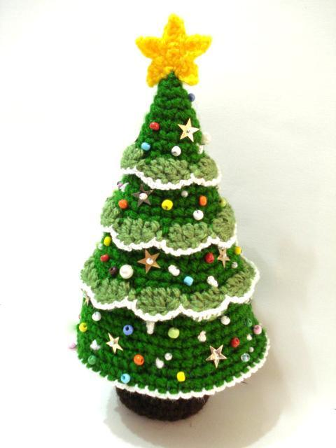 crochet christmas trees crochet christmas tree crochet pattern yuppuia
