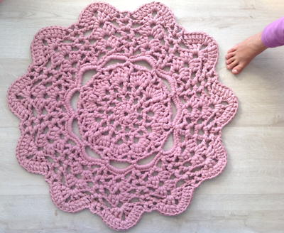 crochet doilies lacy doily t-shirt yarn rug: make a giant crochet doily pattern with this nkysdcx