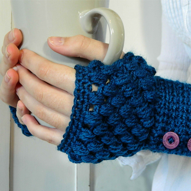 crochet fingerless gloves ... free crochet fingerless mitts patterns wrist warmers crochet arm  warmers free qwidhbd