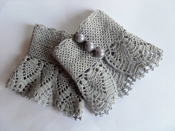 crochet gloves like this item? ahkrfie