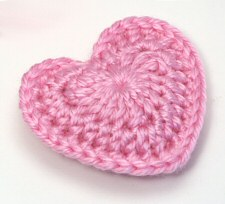 Crochet Heart Pattern love hearts crochet pattern by planetjune pbeerii