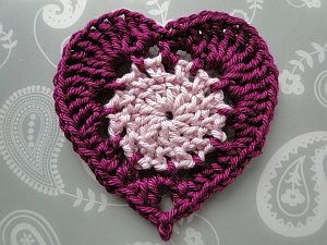 Crochet Heart Pattern two color crochet heart zklfphp