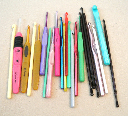 Crochet hooks – Select the one which best serves your purpose.