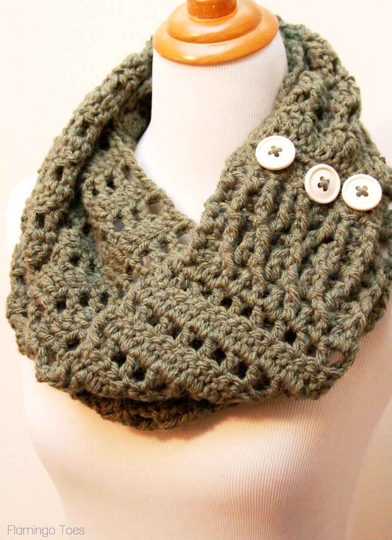 crochet scarves diy-chunky-crochet-infinity-scarf nwubdhk