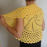 Crochet shrug – Ladies Special Crochet Shrug Outfits