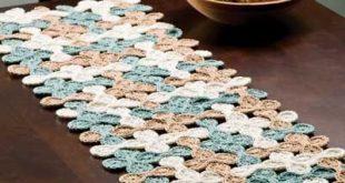 crochet table runner woven shell table runner. crochet - gotta learn to crochet. wish my mother tdxinom