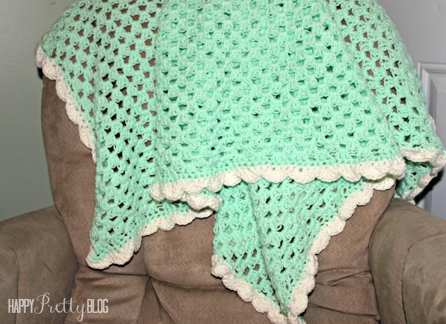 easy crochet baby blanket beginner crochet baby blanket | happyprettyblog.com ufukfem