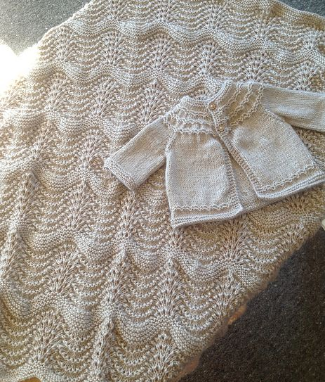 free baby blanket knitting patterns knitionary: easy and free: simply beautiful baby blankets to knit imucual