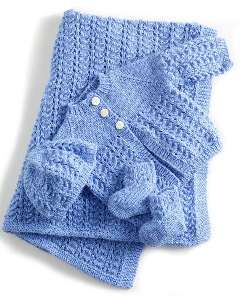 Free Knitting Patterns lullaby layette in lion brand