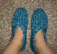 grandmau0027s knitted slippers by zanne. © knittingbythepond hmjlgww