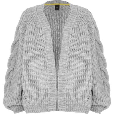 grey chunky cable knit cardigan ybblunj