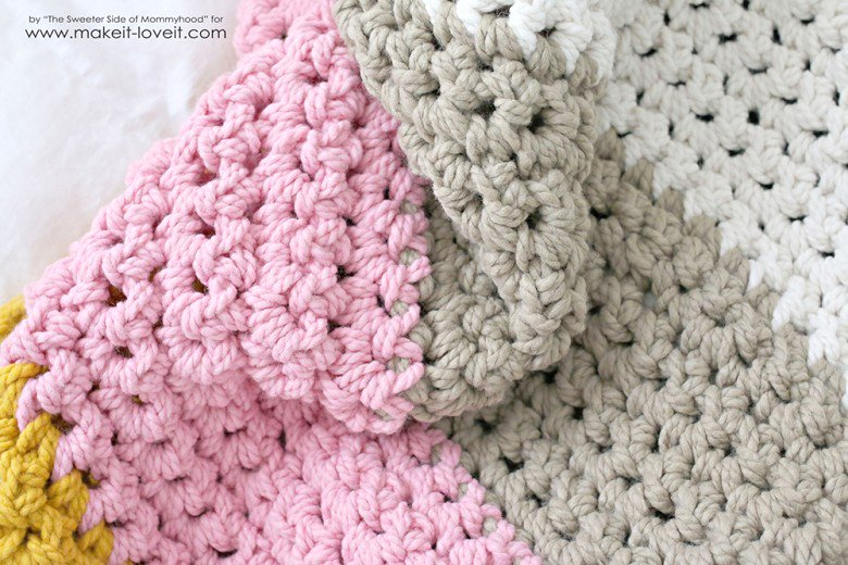 How To Crochet A Blanket how to crochet a chunky blanket....an affordable beginner project! | dtsingd