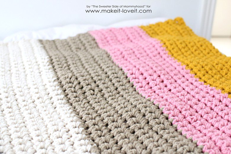 How To Crochet A Blanket how to crochet a chunky blanket....an affordable beginner project! | silrxqe