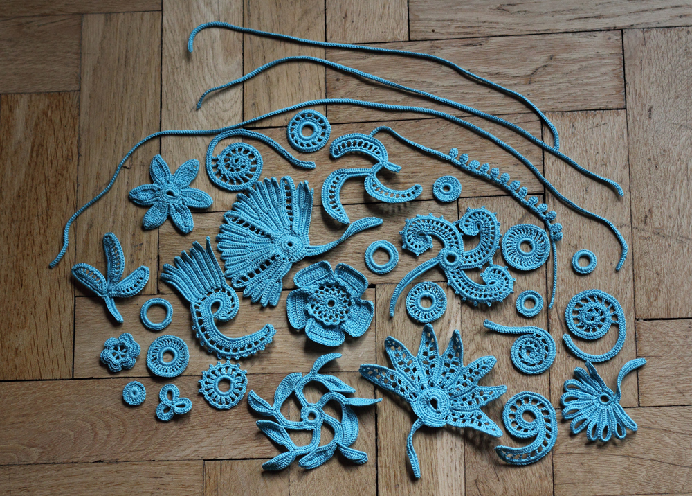 Irish Crochet making the motifs exkprel