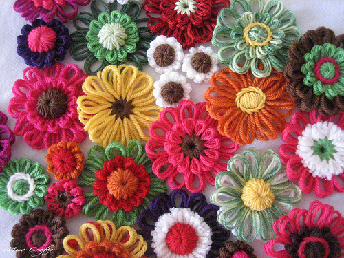 knitted flowers flower power nouyvym