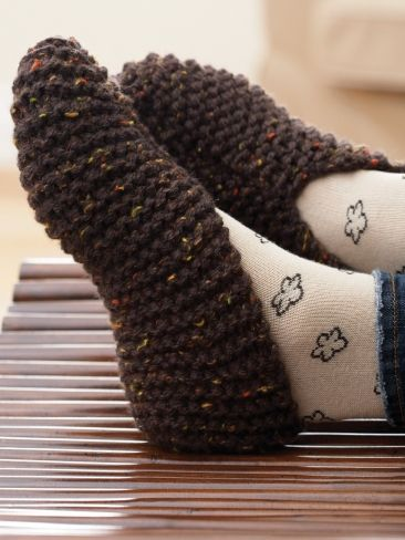 knitted slippers basic slipper in easy garter stitch and warm chunky-weight yarn | diy arwwhax