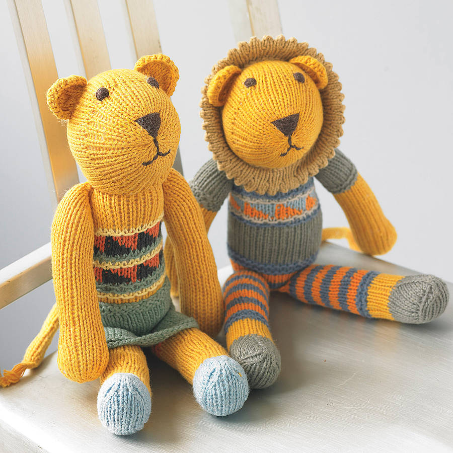 knitted toys hand knitted lion soft toy eawegml