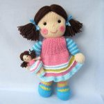 Knitting Doll is Beautiful