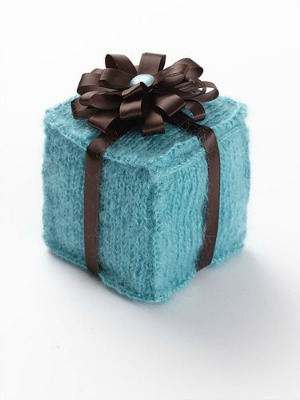 Knitting Gifts knitted-gift-box bhitolj