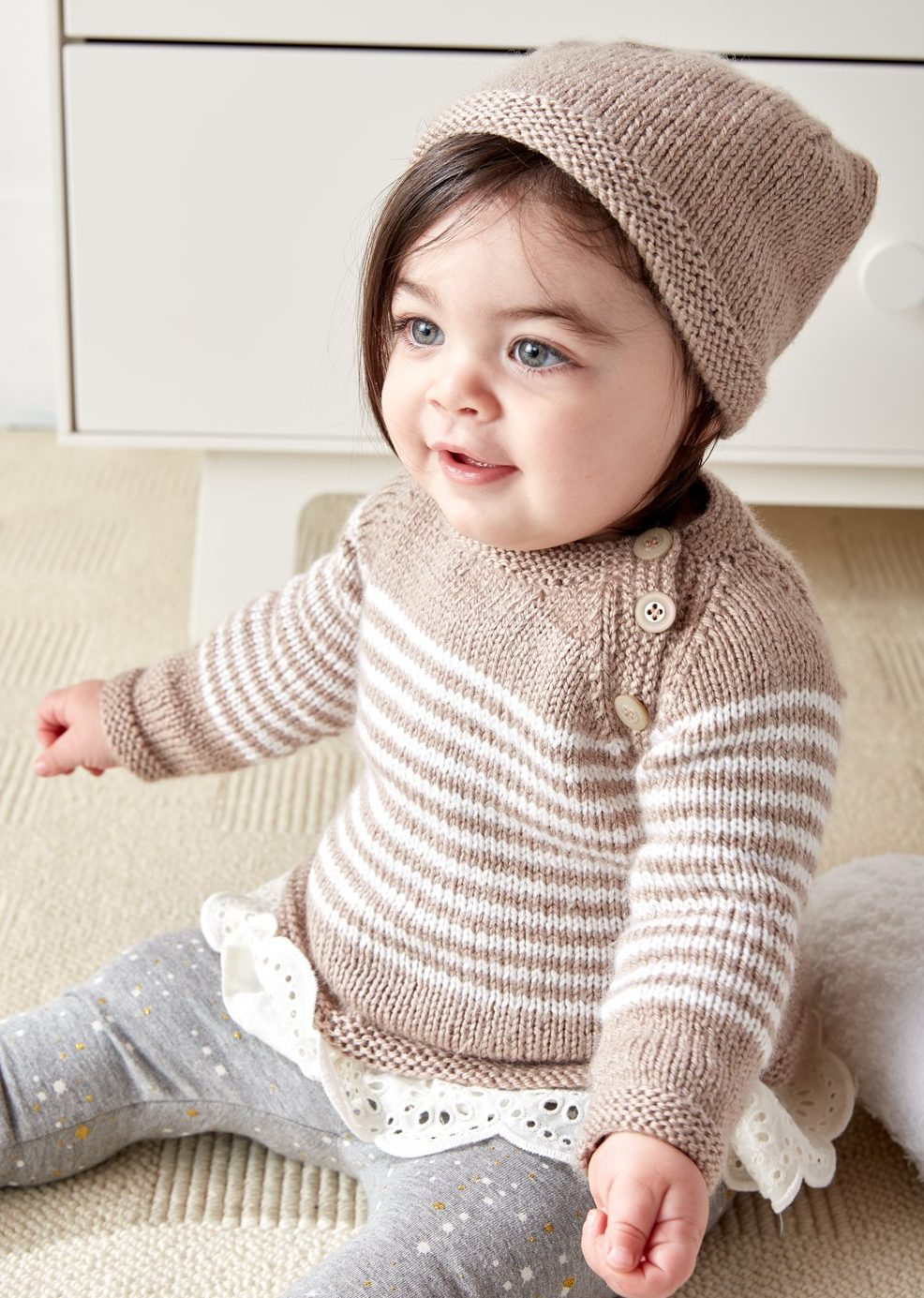 knitting patterns for babies free knitting pattern for easy wee stripes baby sweater and hat tzjewpg