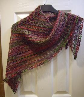 lion brand patterns ravelry: splendid triangle shawl (small) pattern by lion brand yarn zgjwxpo