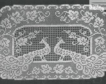 peacock buffet scarf filet crochet pattern vintage 1950s doily table mat  size eajmfzt