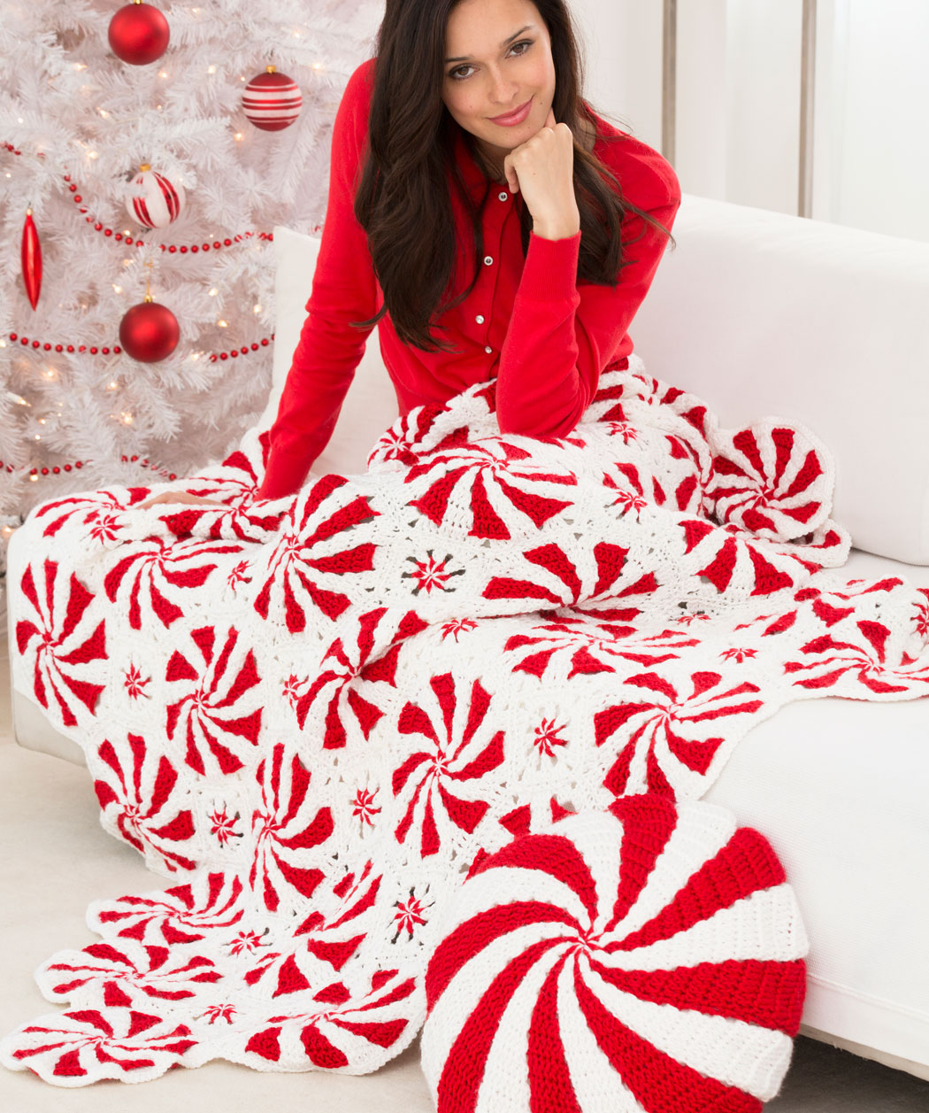 Red Heart Crochet Patterns peppermint throw and pillow crochet pattern loyafbg